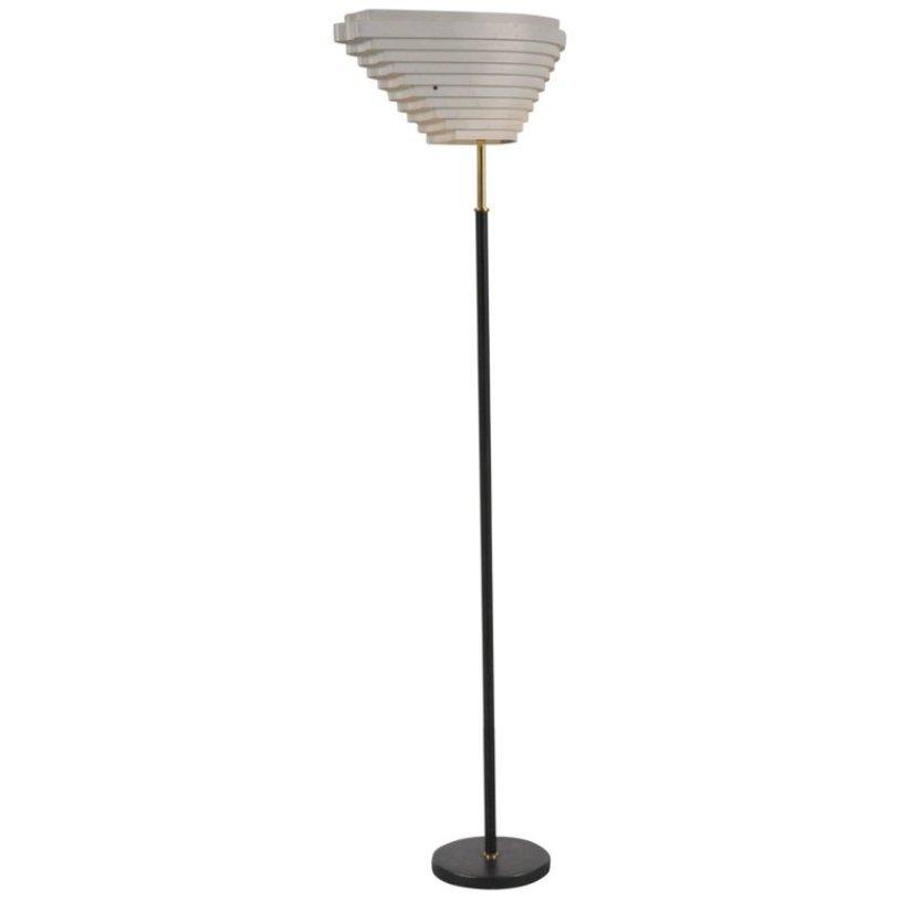 Finnische Stehlampe von Alvar Aalto für Valaistustyö, 1956