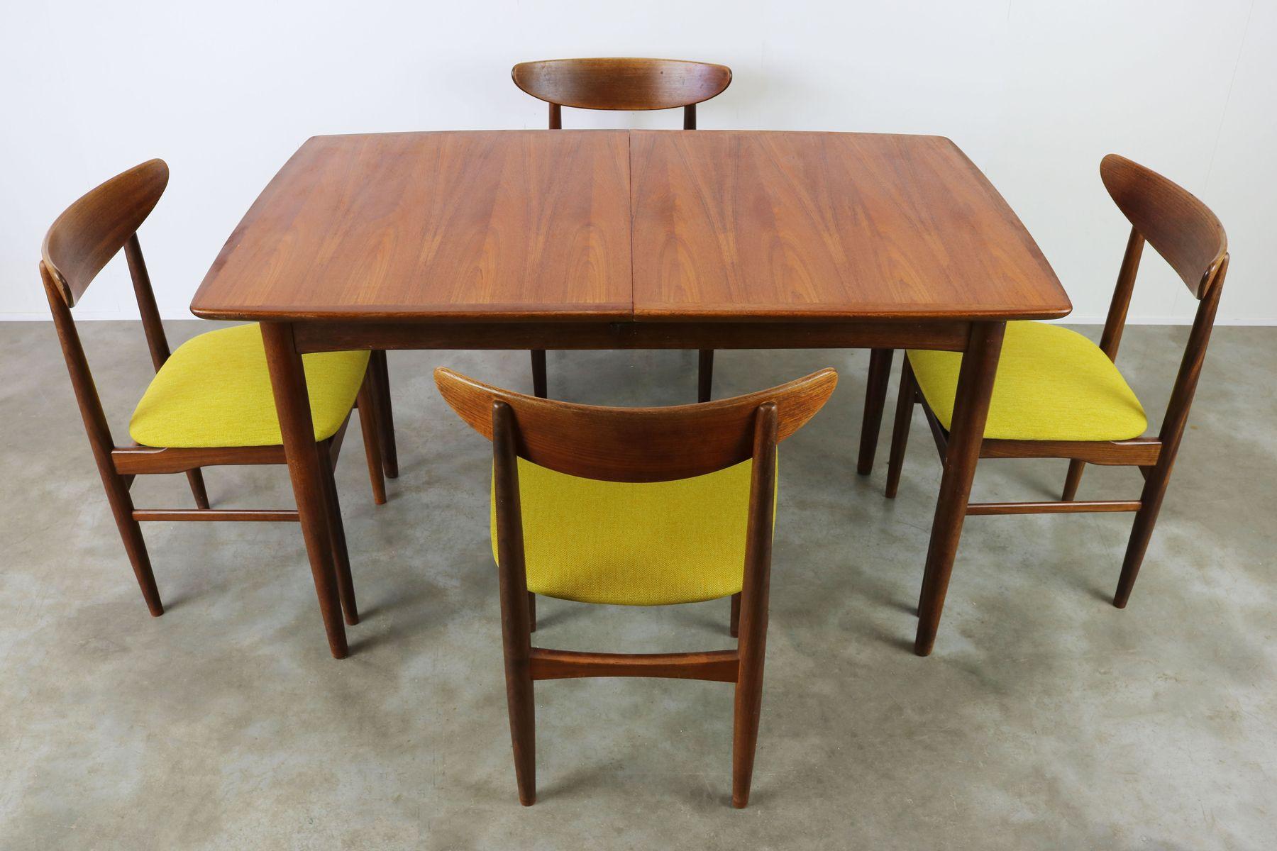 d nische ausziehbarer tisch 4 st hle von dyrlund 1950er bei pamono kaufen. Black Bedroom Furniture Sets. Home Design Ideas