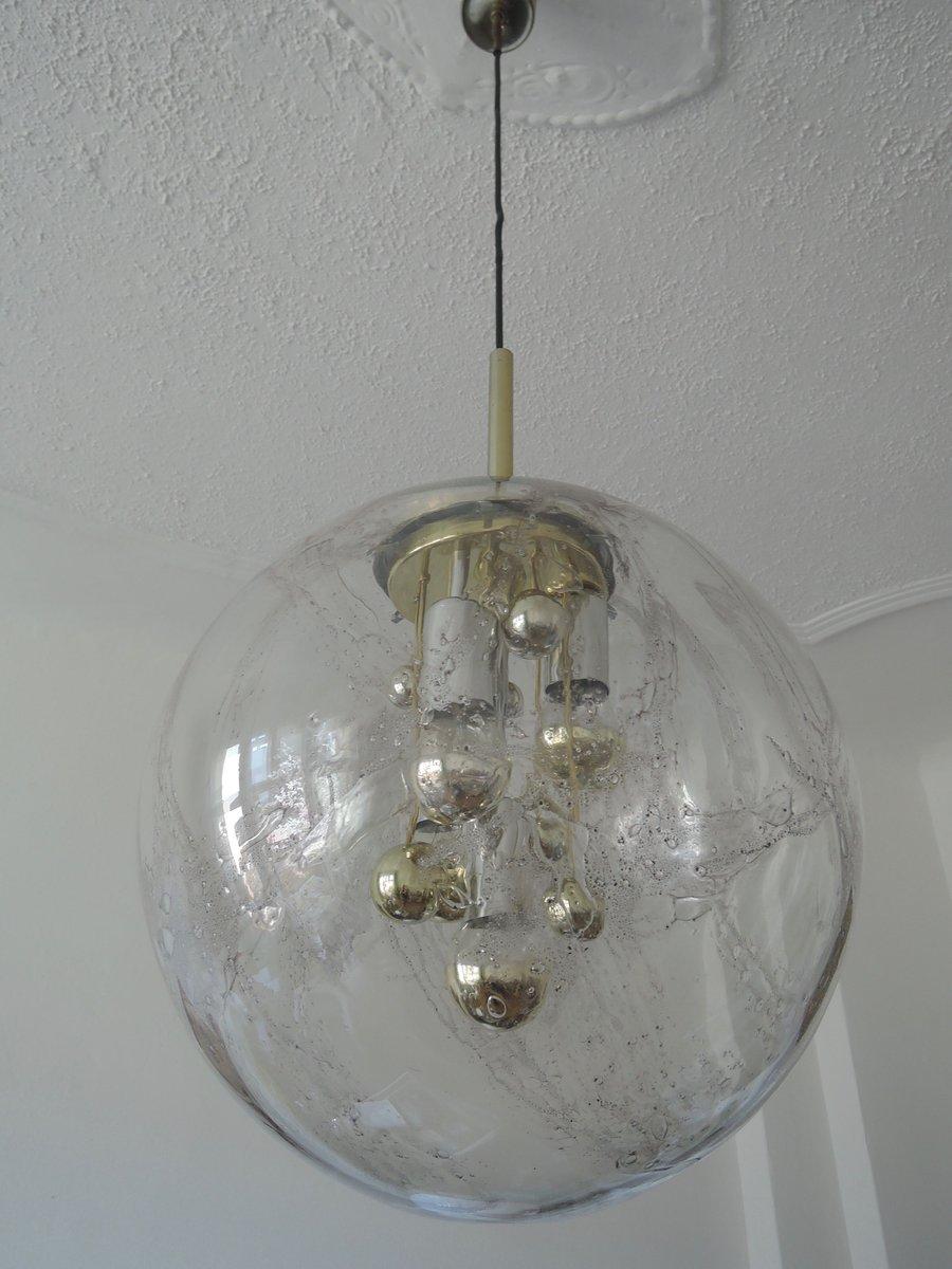 gro e handgeblasene h ngelampe mit goldenen einschl ssen von doria leuchten 1970er bei pamono. Black Bedroom Furniture Sets. Home Design Ideas