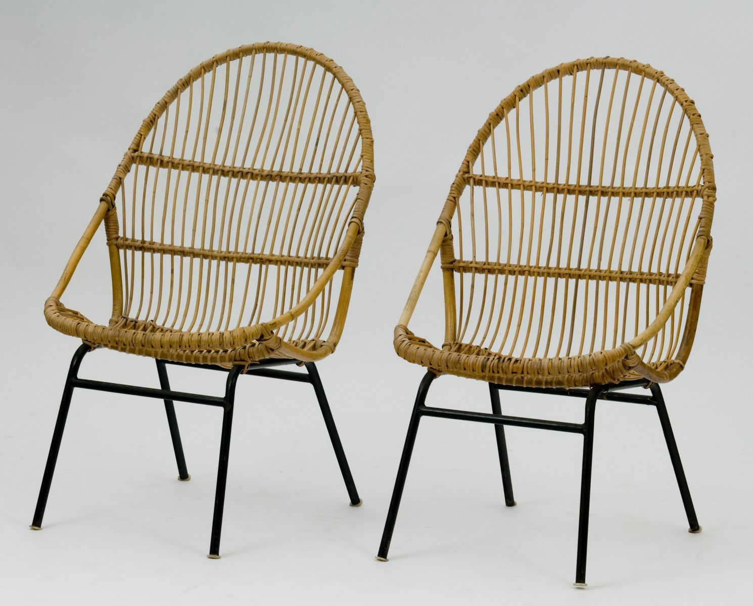 vintage rattan st hle von alan fuchs f r luv 2er set bei pamono kaufen. Black Bedroom Furniture Sets. Home Design Ideas
