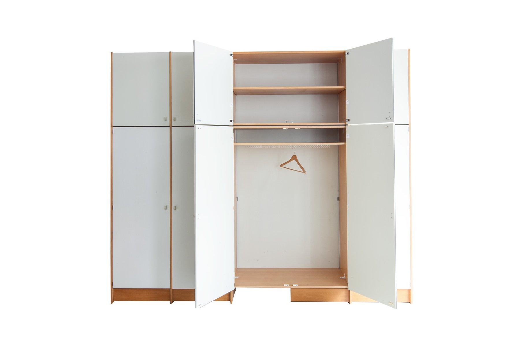 modell rz57 kleiderschrank von dieter rams f r otto zapf. Black Bedroom Furniture Sets. Home Design Ideas