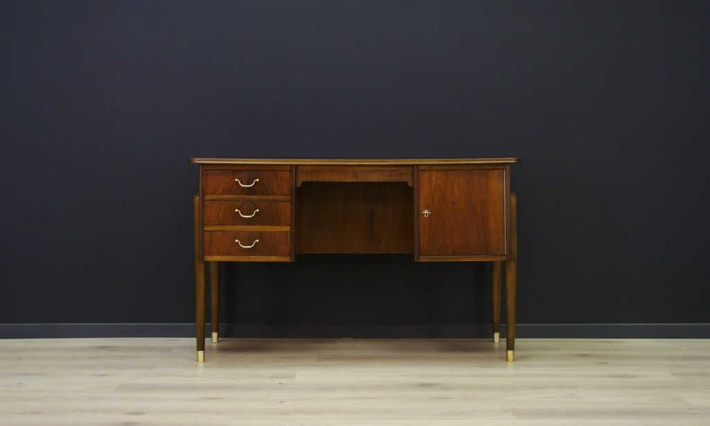 d nischer mid century schreibtisch bei pamono kaufen. Black Bedroom Furniture Sets. Home Design Ideas