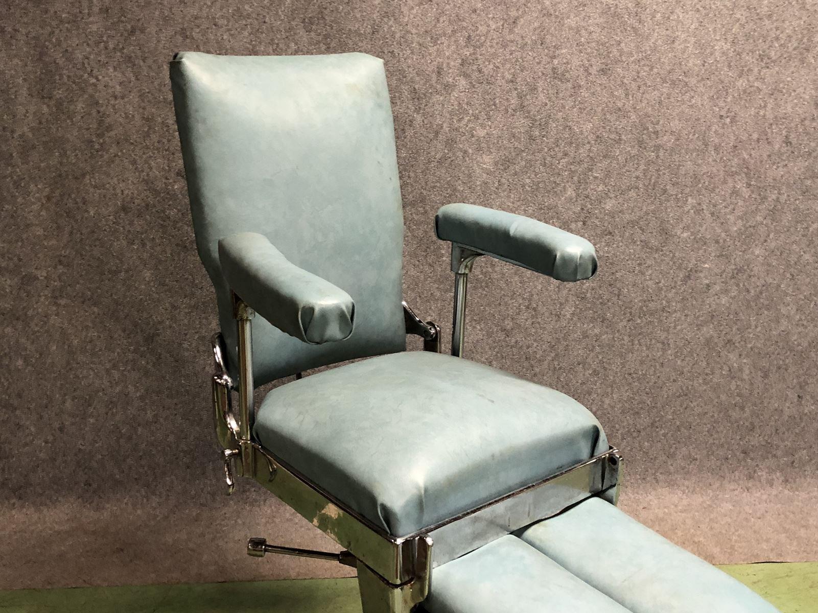 Sedia da dentista anni 50 in vendita su pamono