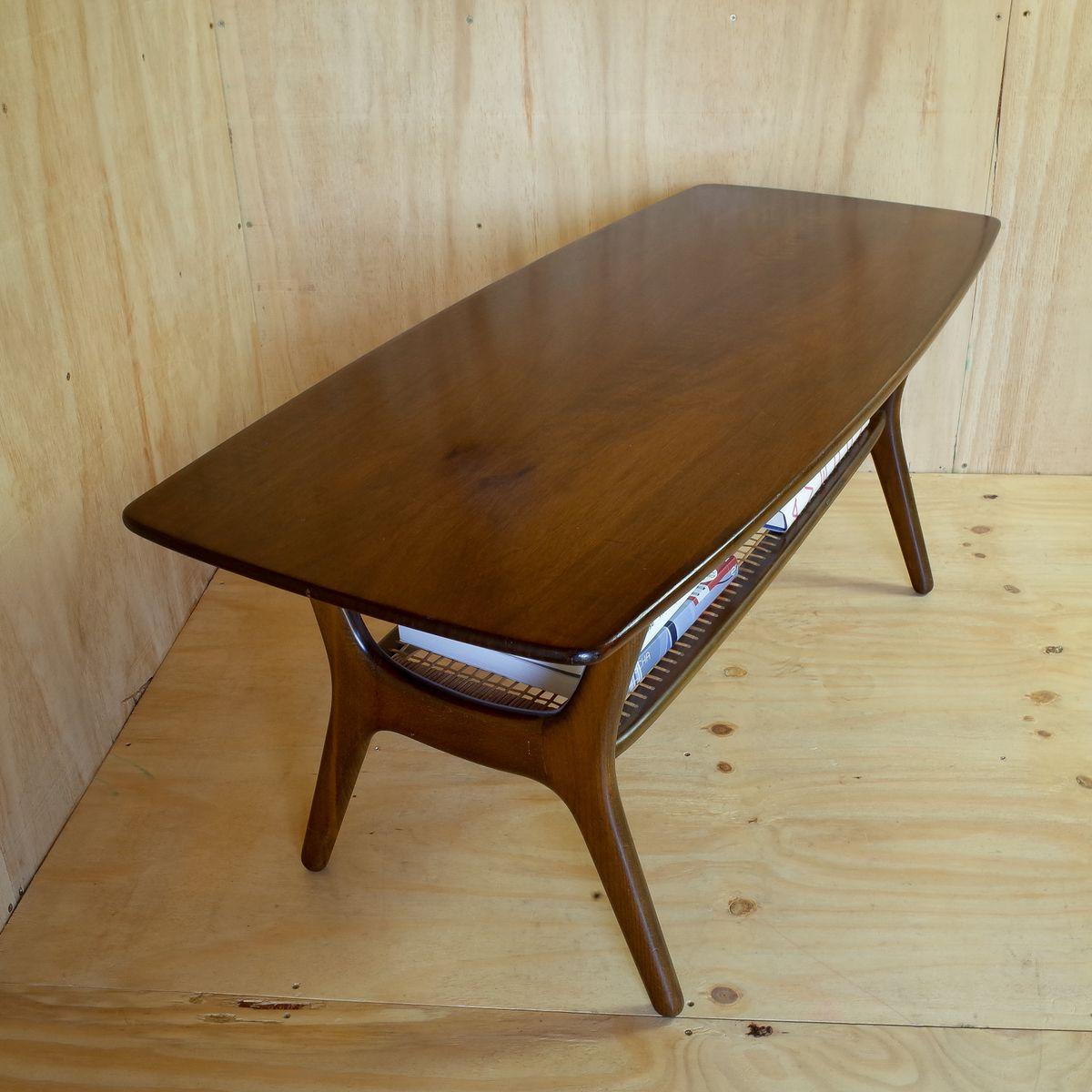 gro er vintage teak couchtisch bei pamono kaufen. Black Bedroom Furniture Sets. Home Design Ideas