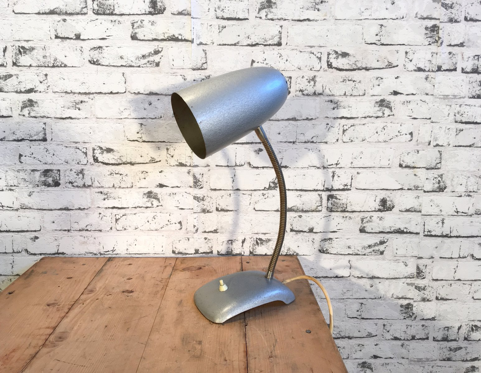 Graue Schwanenhals Vintage Schreibtischlampe, 1950er