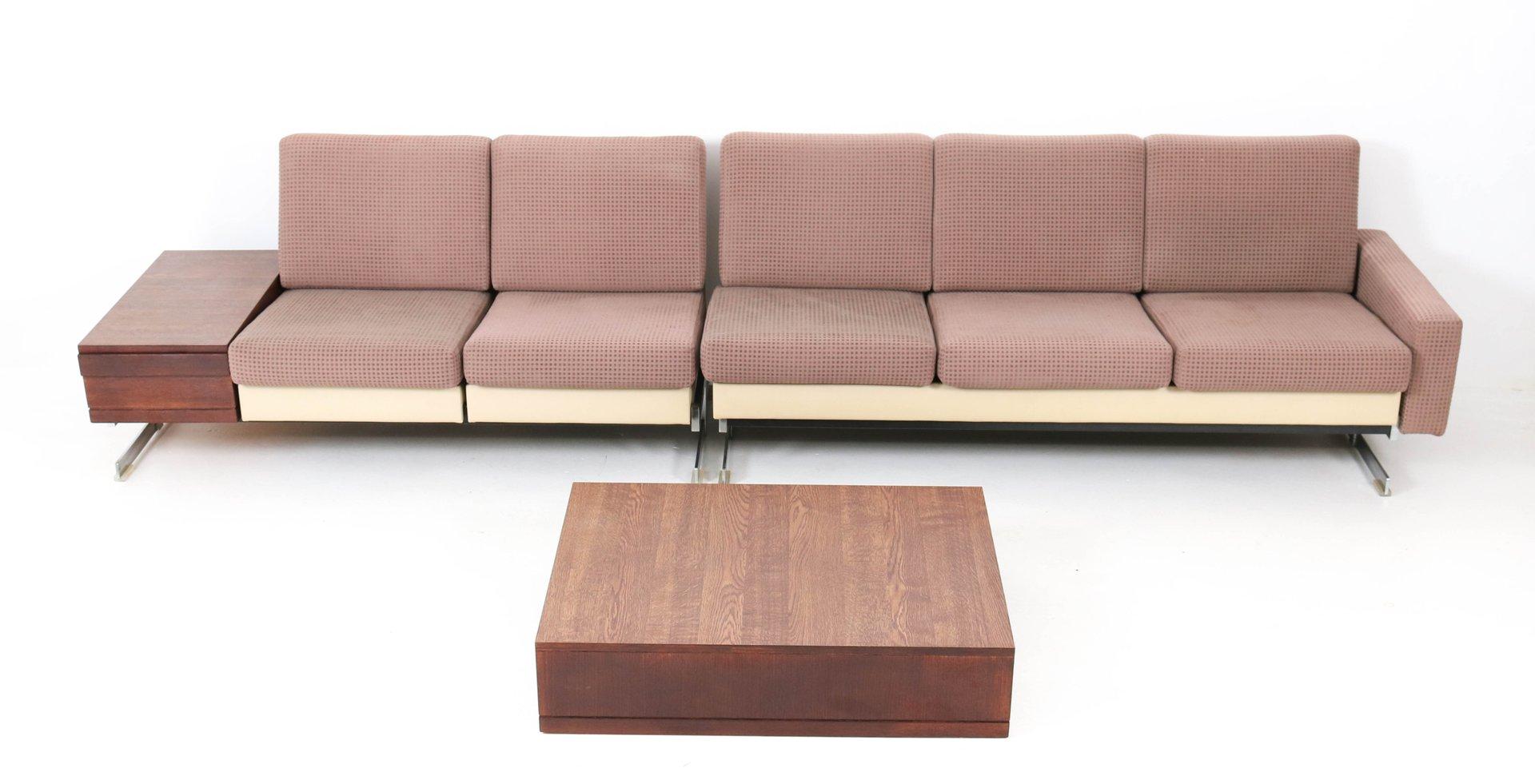 Mid-Century Modell Pluraform Modern Sofas mit Wenge Couchtische von Ro...