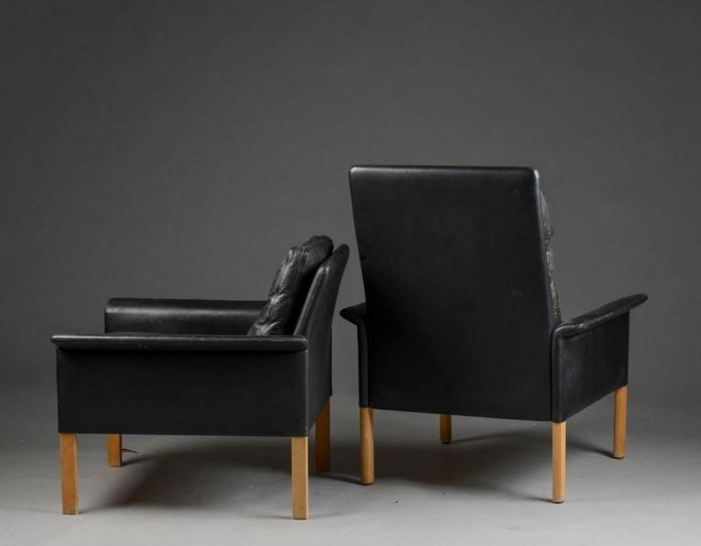 zwei mid century sessel ein fu hocker von hans olsen f r brande mobelindustri bei pamono kaufen. Black Bedroom Furniture Sets. Home Design Ideas