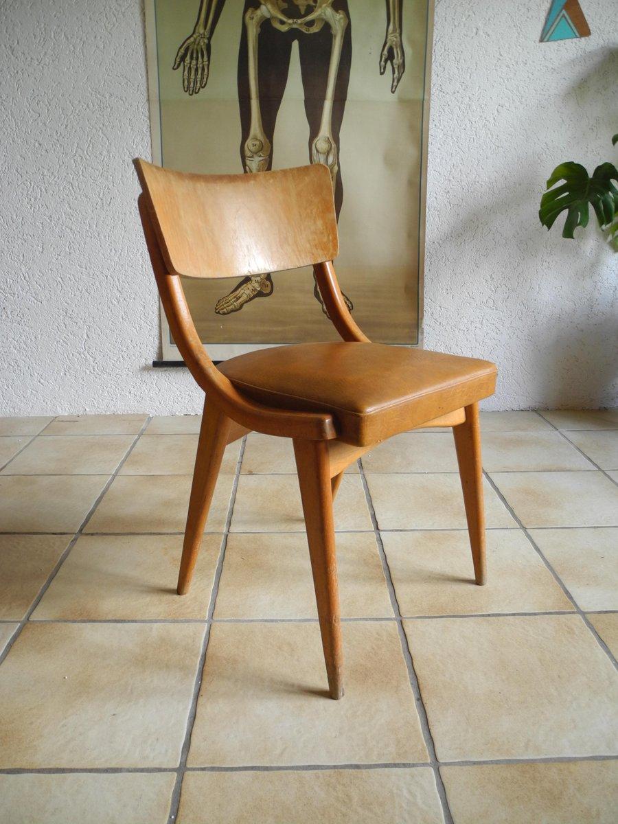 Küchenstuhl aus braunem Kunstleder und Buchenholz, 1950er bei Pamono ...