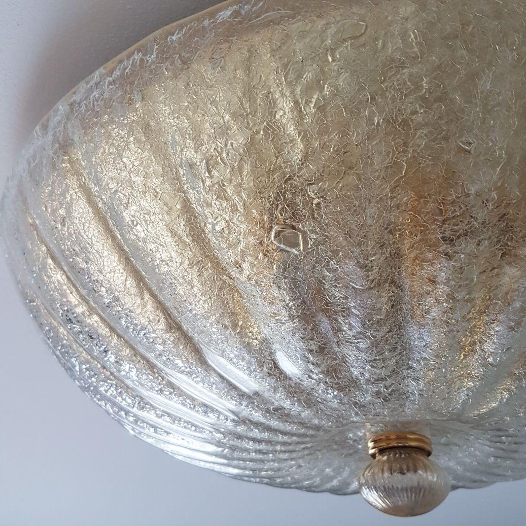 gro e handgearbeitete deckenlampe aus murano glas und vergoldetem messing von barovier toso. Black Bedroom Furniture Sets. Home Design Ideas