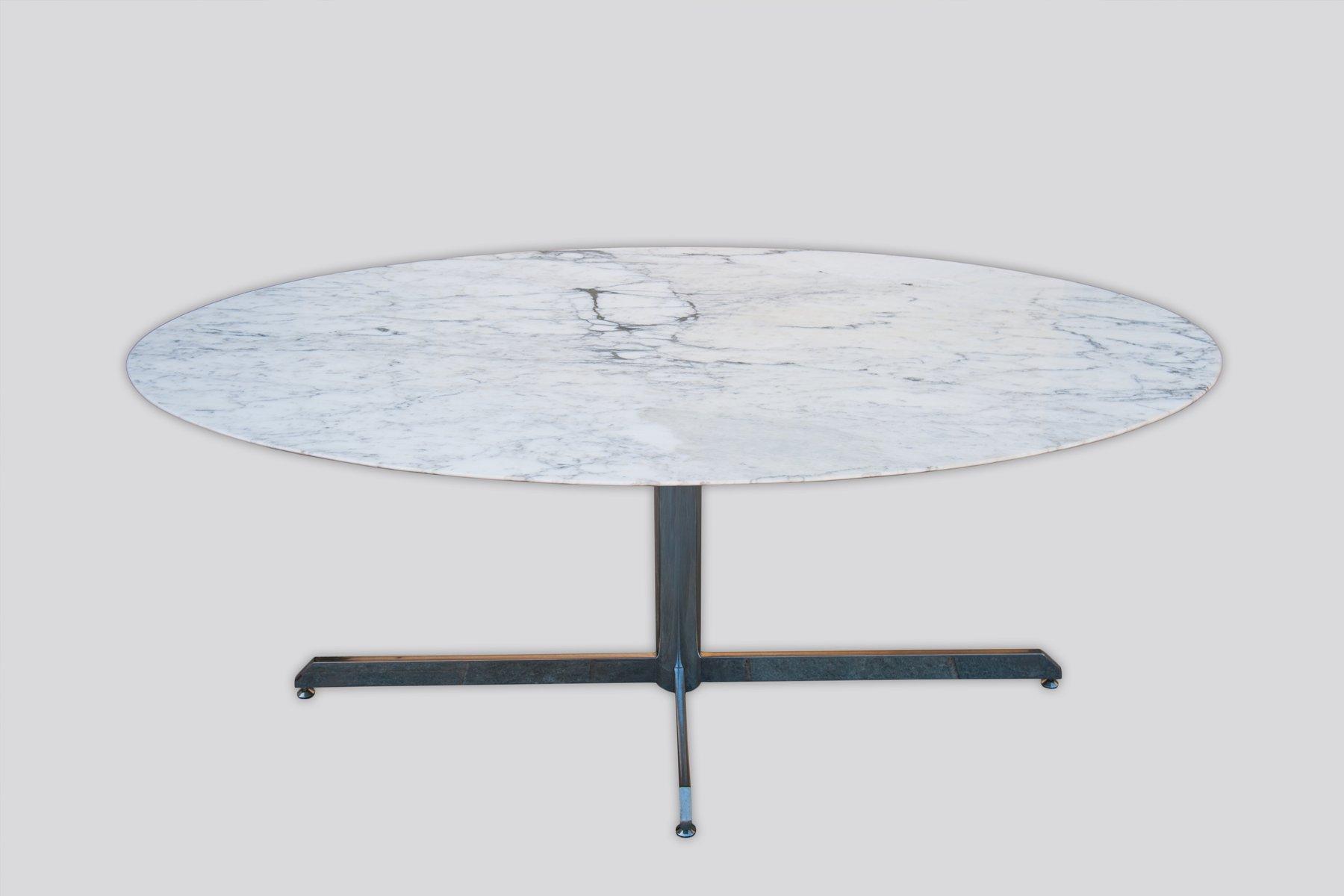 Ovaler Vintage Tisch aus verchromtem Metall & Marmor, 1950er