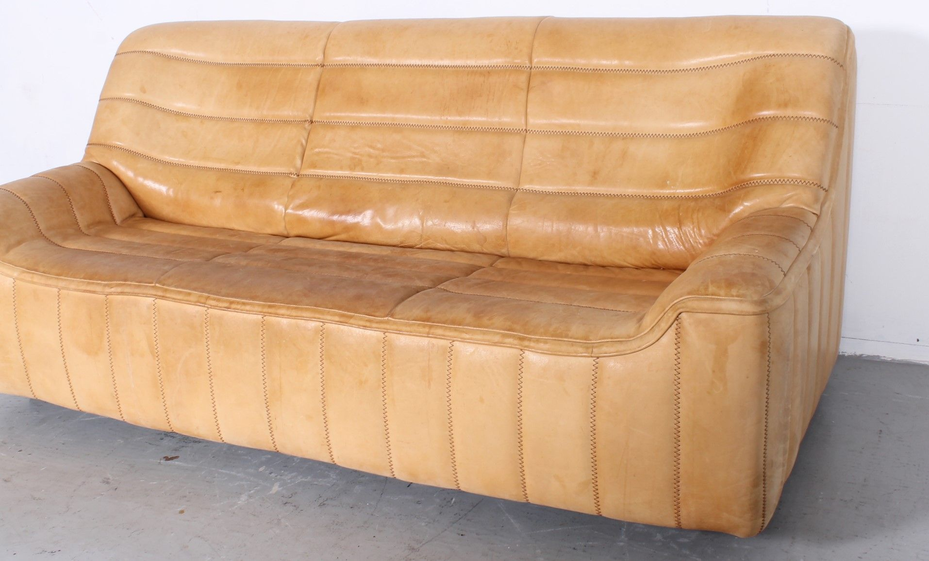 canap ds84 vintage 3 places de de sede en vente sur pamono. Black Bedroom Furniture Sets. Home Design Ideas
