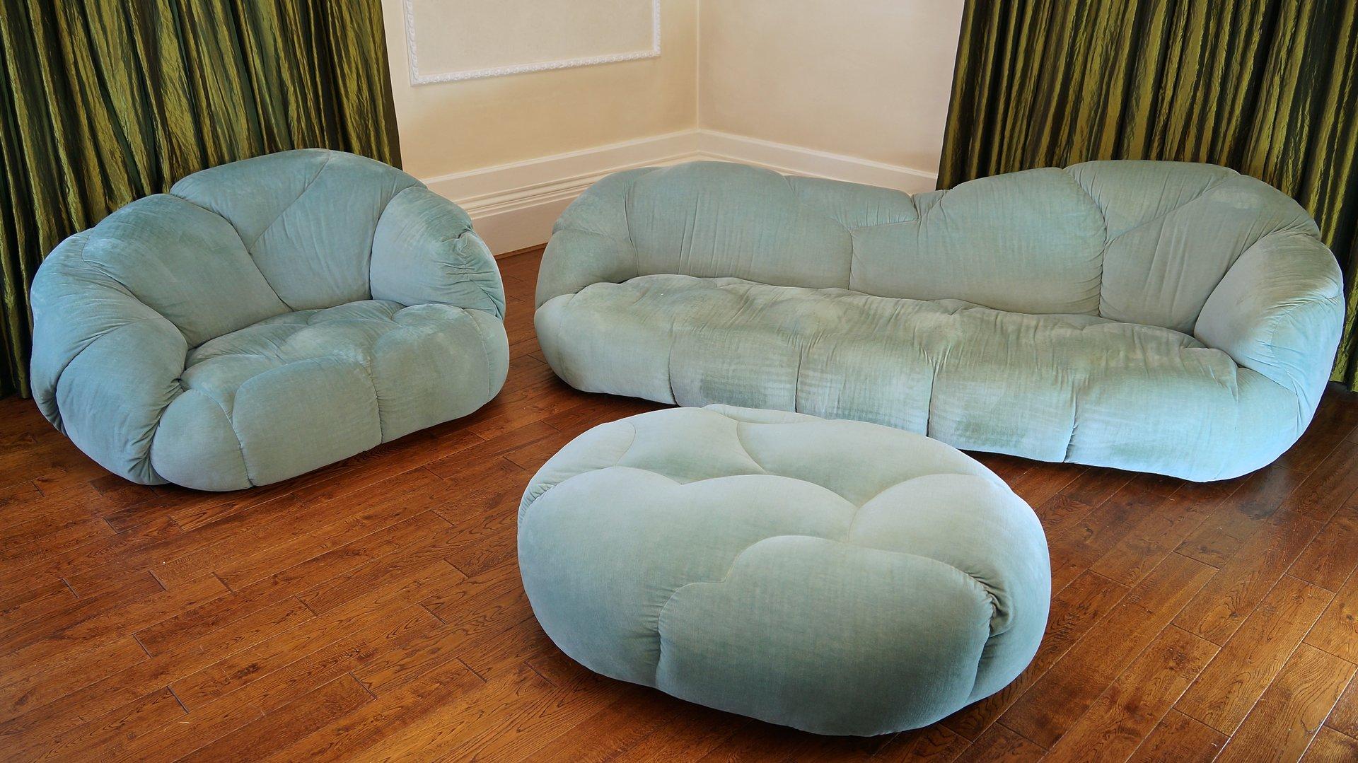 Vintage Cloud Sofa Suite By Howard Keith 1970s