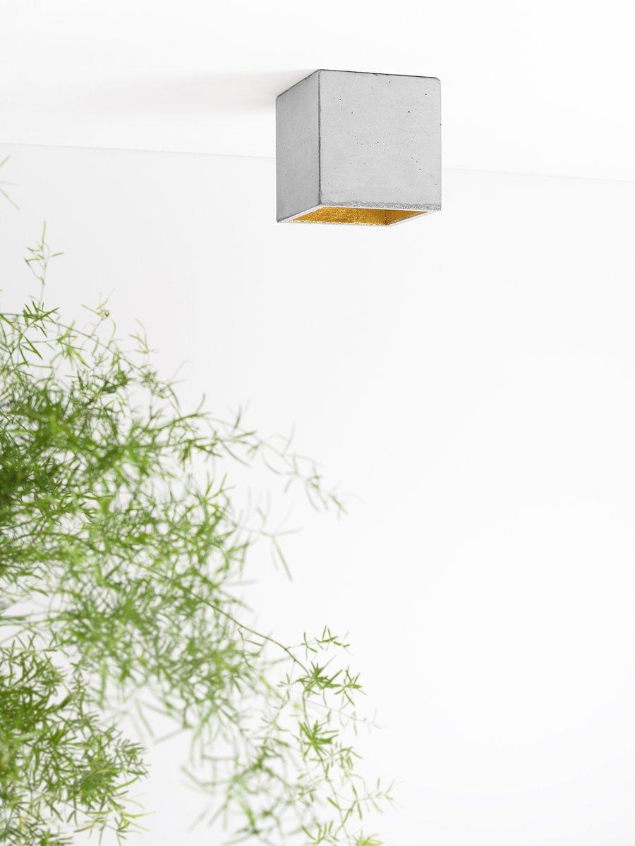 [B7] Würfelform Deckenleuchte aus Beton & Gold von Stefan Gant für GAN...