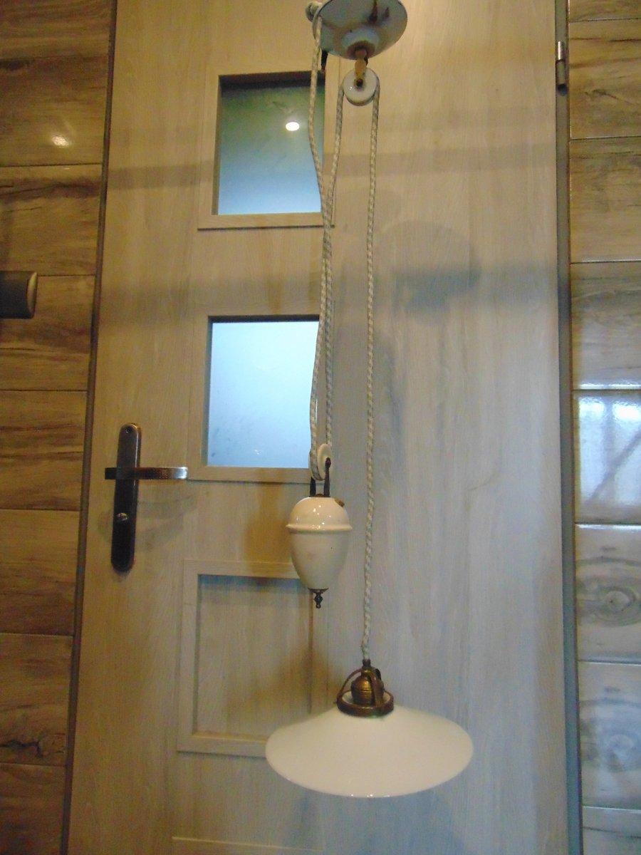 antike k chenlampe mit flaschenzug und gegengewicht bei pamono kaufen. Black Bedroom Furniture Sets. Home Design Ideas