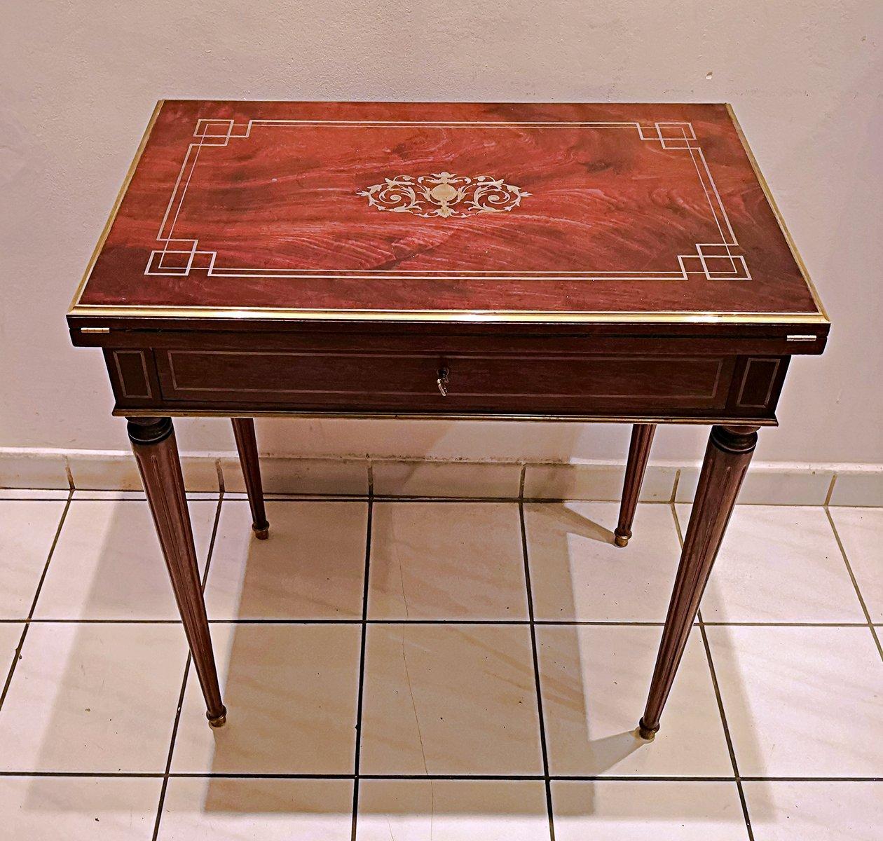 Tavolo da gioco antico in mogano in vendita su pamono - Waterloo gioco da tavolo ...