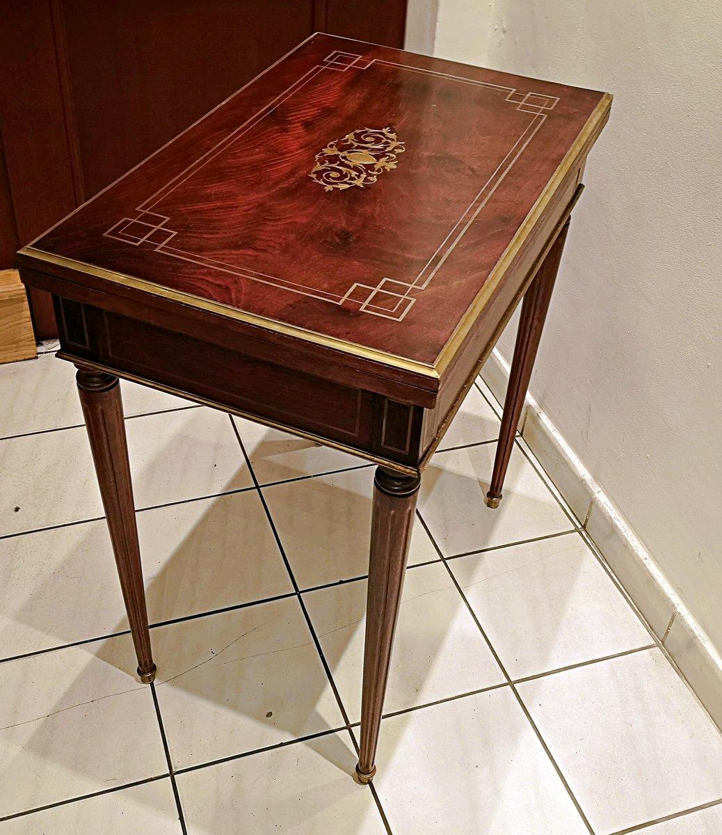 Tavolo da gioco antico in mogano in vendita su pamono - Gioco da tavolo violetta ...