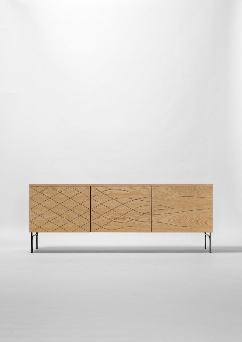 Couture Cabinet aus Eschenholz von Fredrik Färg & Emma Marga Blanche f...