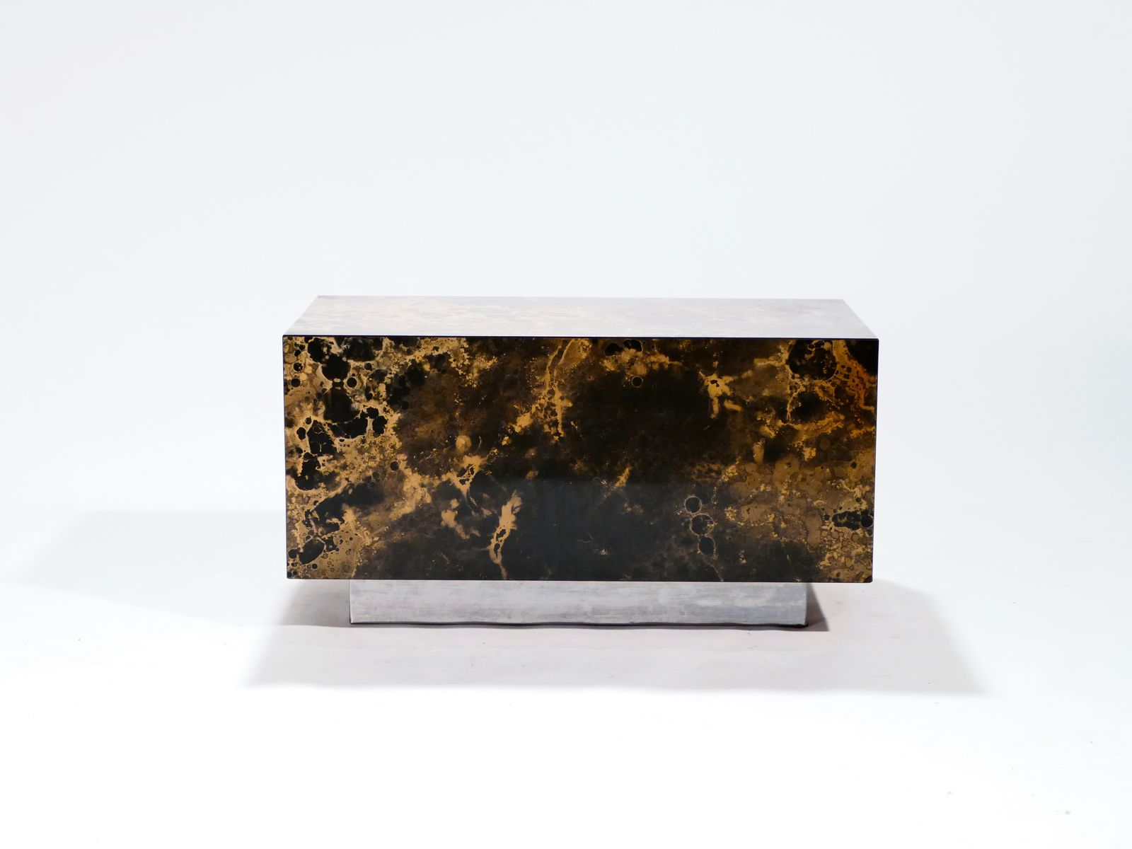 beistelltisch von guy lefevre f r ligne roset 1970er bei pamono kaufen. Black Bedroom Furniture Sets. Home Design Ideas