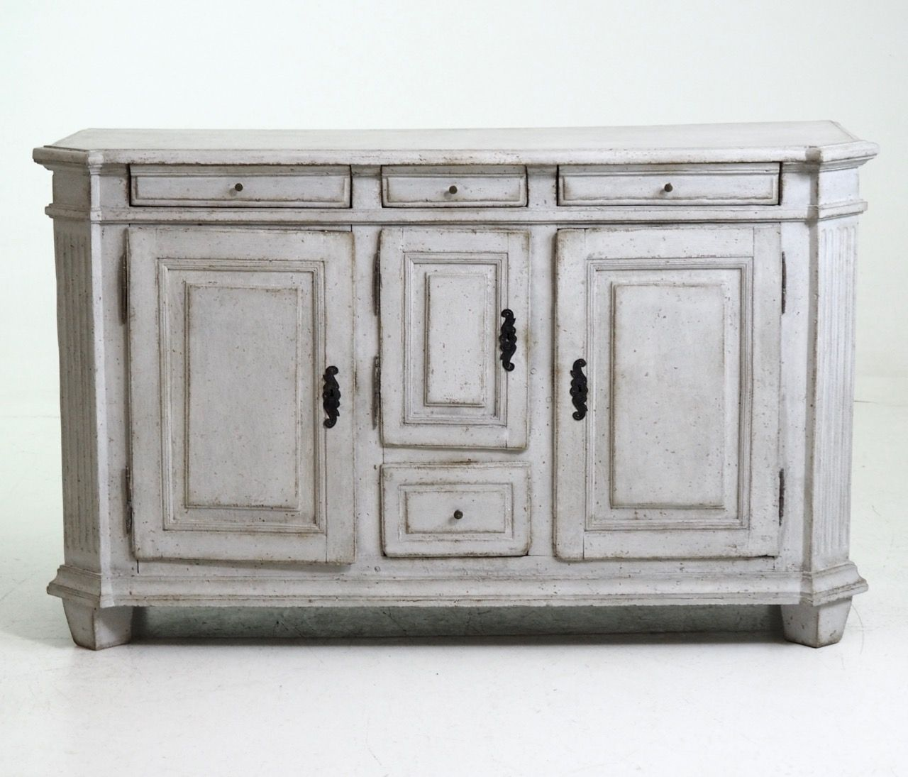 Antique Scandinavian Sideboard - Antique Scandinavian Sideboard For Sale At Pamono