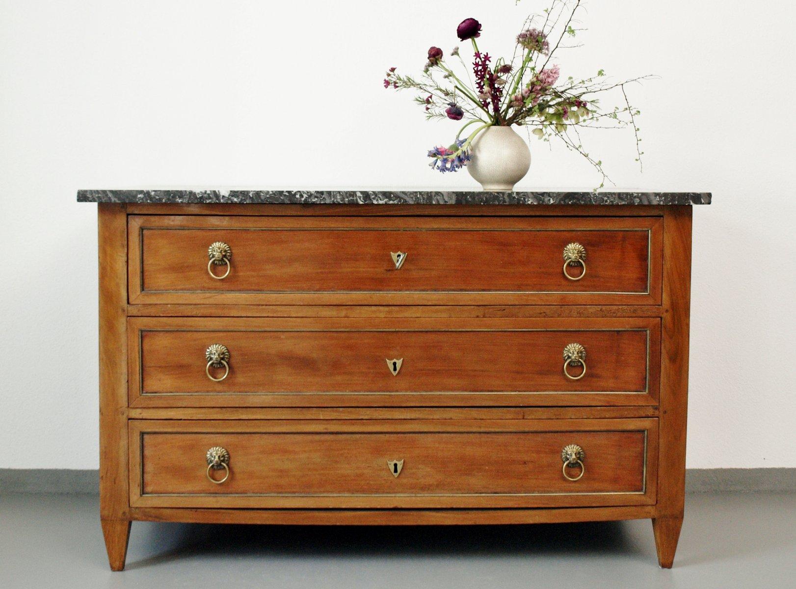 antike franz sische kommode mit marmorplatte 1790er bei pamono kaufen. Black Bedroom Furniture Sets. Home Design Ideas