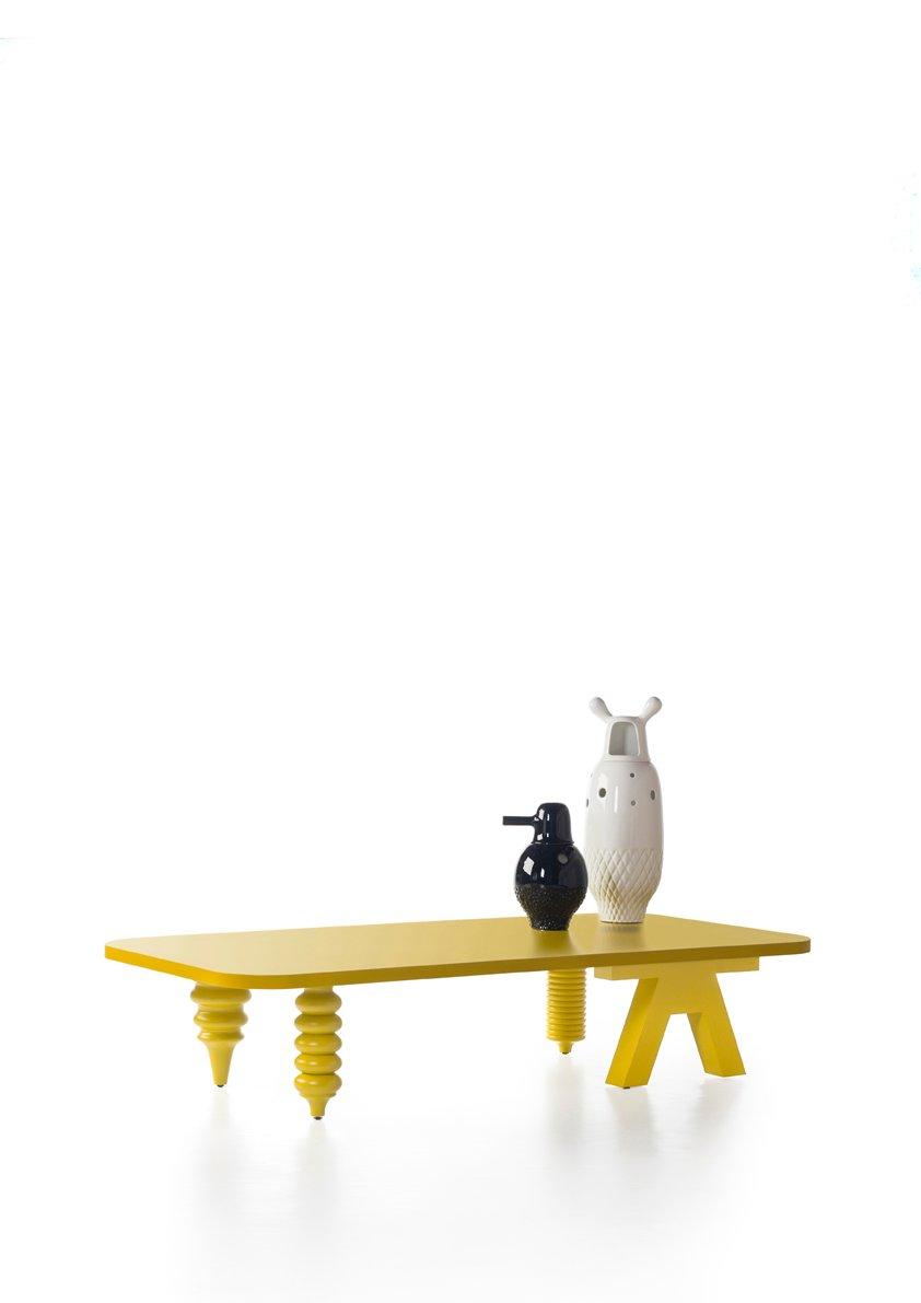 Mehrbeiniger niedriger Tisch mit rechteckiger Ø 80 Tischplatte in Matt...