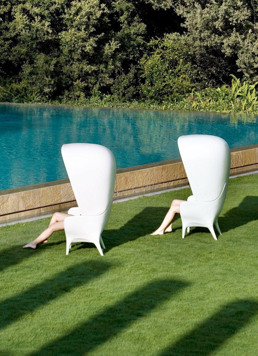 fauteuil d 39 ext rieur blanc showtime par jaime hayon pour. Black Bedroom Furniture Sets. Home Design Ideas