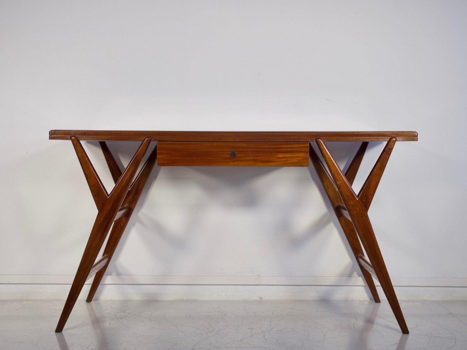 mahagoni schreibtisch mit glasplatte 1950er bei pamono kaufen. Black Bedroom Furniture Sets. Home Design Ideas