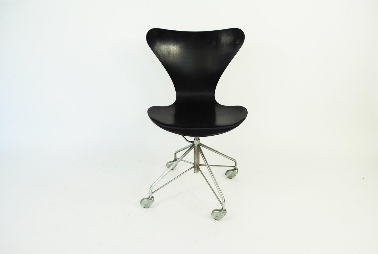 Chaise De Bureau Par Arne Jacobsen Pour Fritz Hansen 1963 En Vente