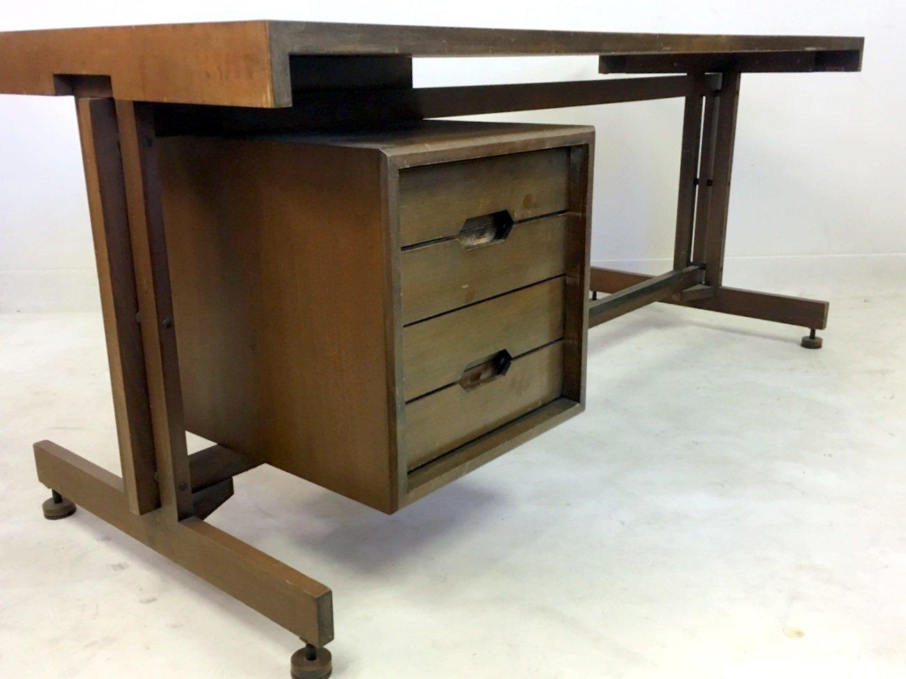 italienischer mid century mahagoni schreibtisch 1960er bei pamono kaufen. Black Bedroom Furniture Sets. Home Design Ideas