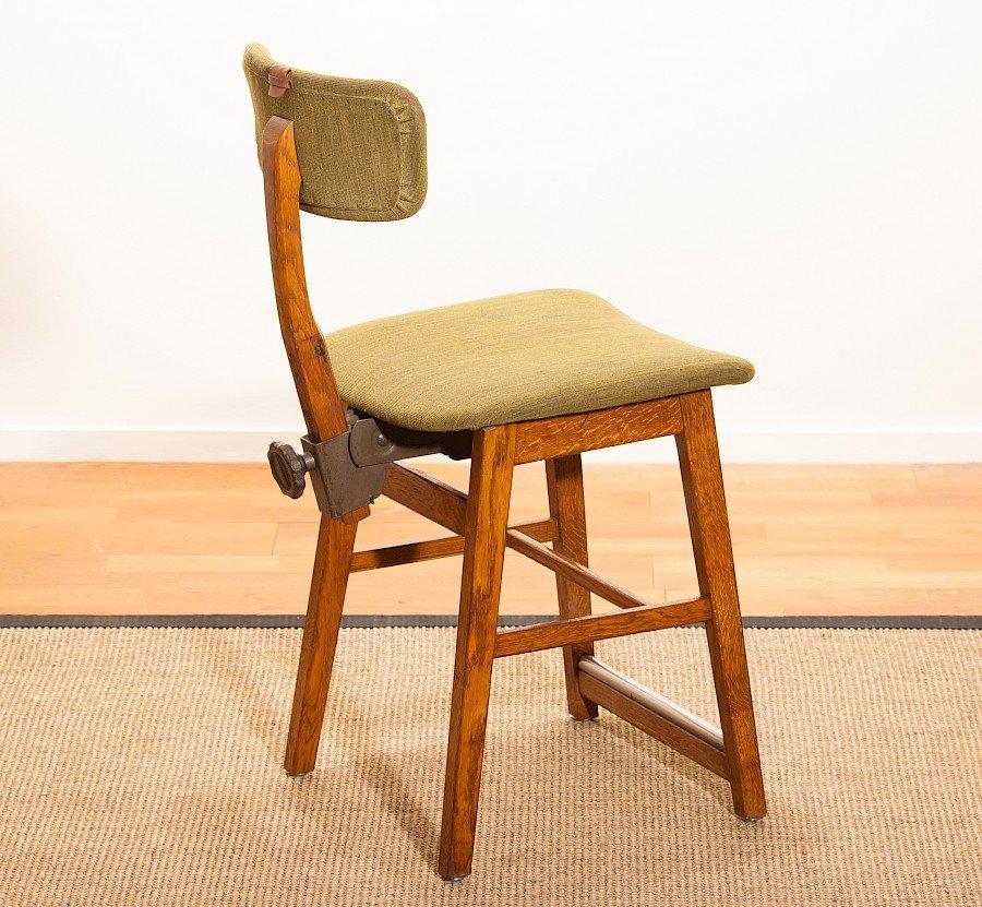 chaise de bureau vintage en ch ne de tvidabergs en vente sur pamono. Black Bedroom Furniture Sets. Home Design Ideas
