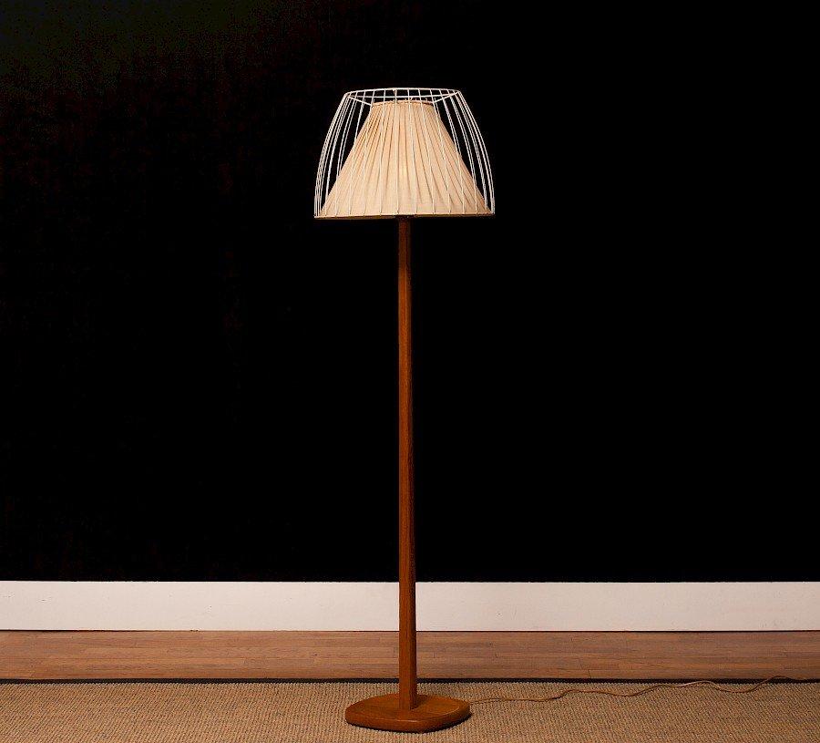 Schwedische Vintage Teak Stehlampe von Stilarmatur