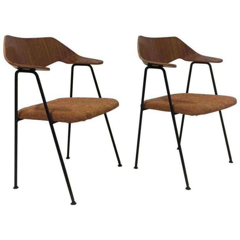 mid century 675 stuhl von robin day bei pamono kaufen. Black Bedroom Furniture Sets. Home Design Ideas