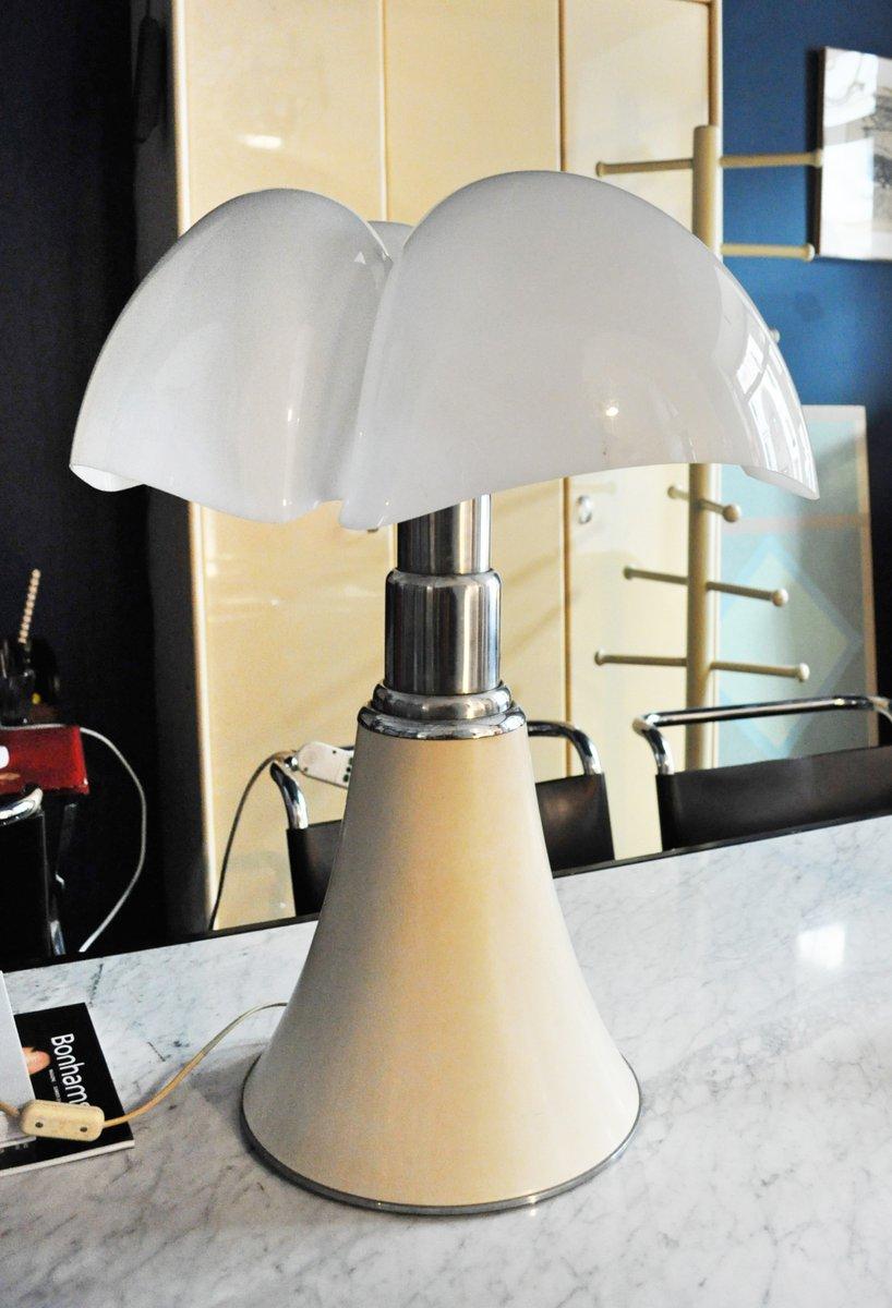 Modell Pipistrello Tischlampe von Gae Aulenti für Martinelli Luce, 196...