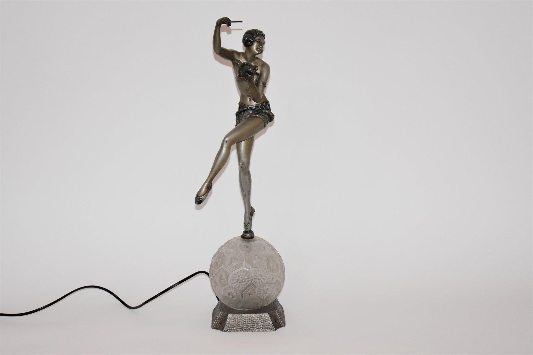 Art Deco Tischlampe mit Frauenmotiv und Weltkugel von Enrique Molins-B...
