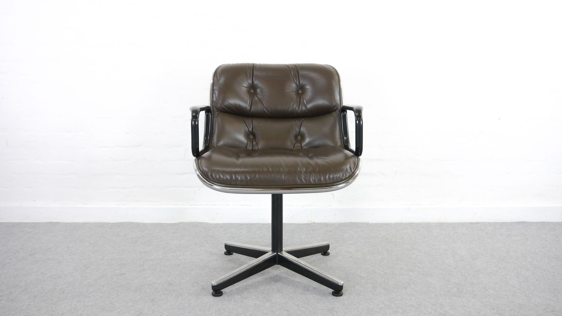 Leather Executive Desk Chair By Charles Pollock For Knoll International 1963