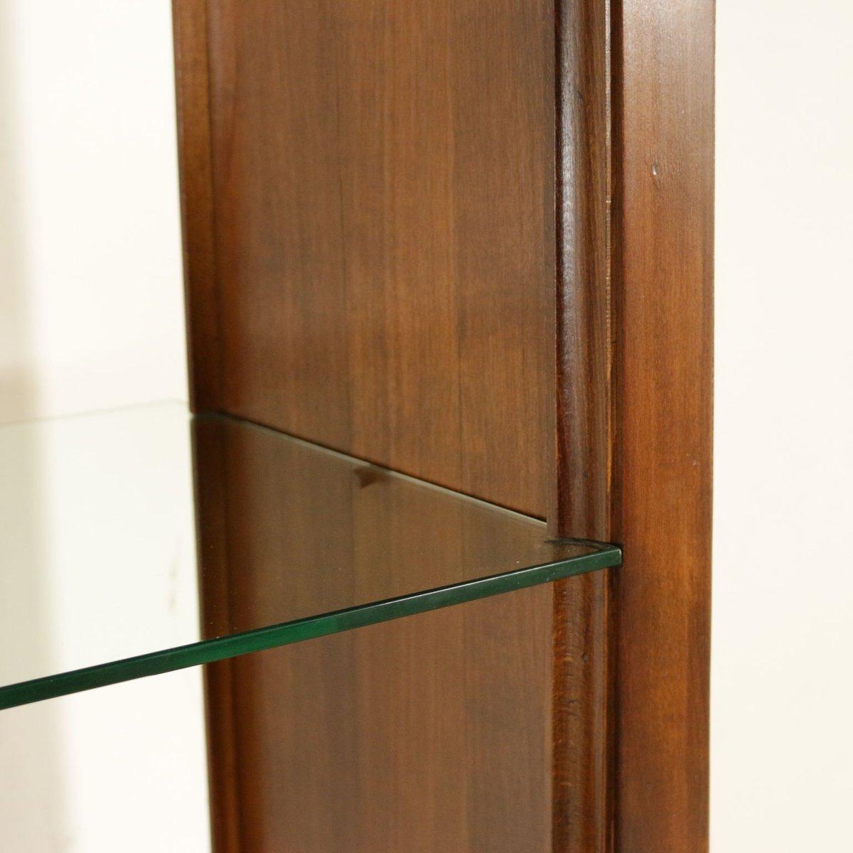 italienisches b cherregal aus nussholz furnier marmor glas 1960er bei pamono kaufen. Black Bedroom Furniture Sets. Home Design Ideas