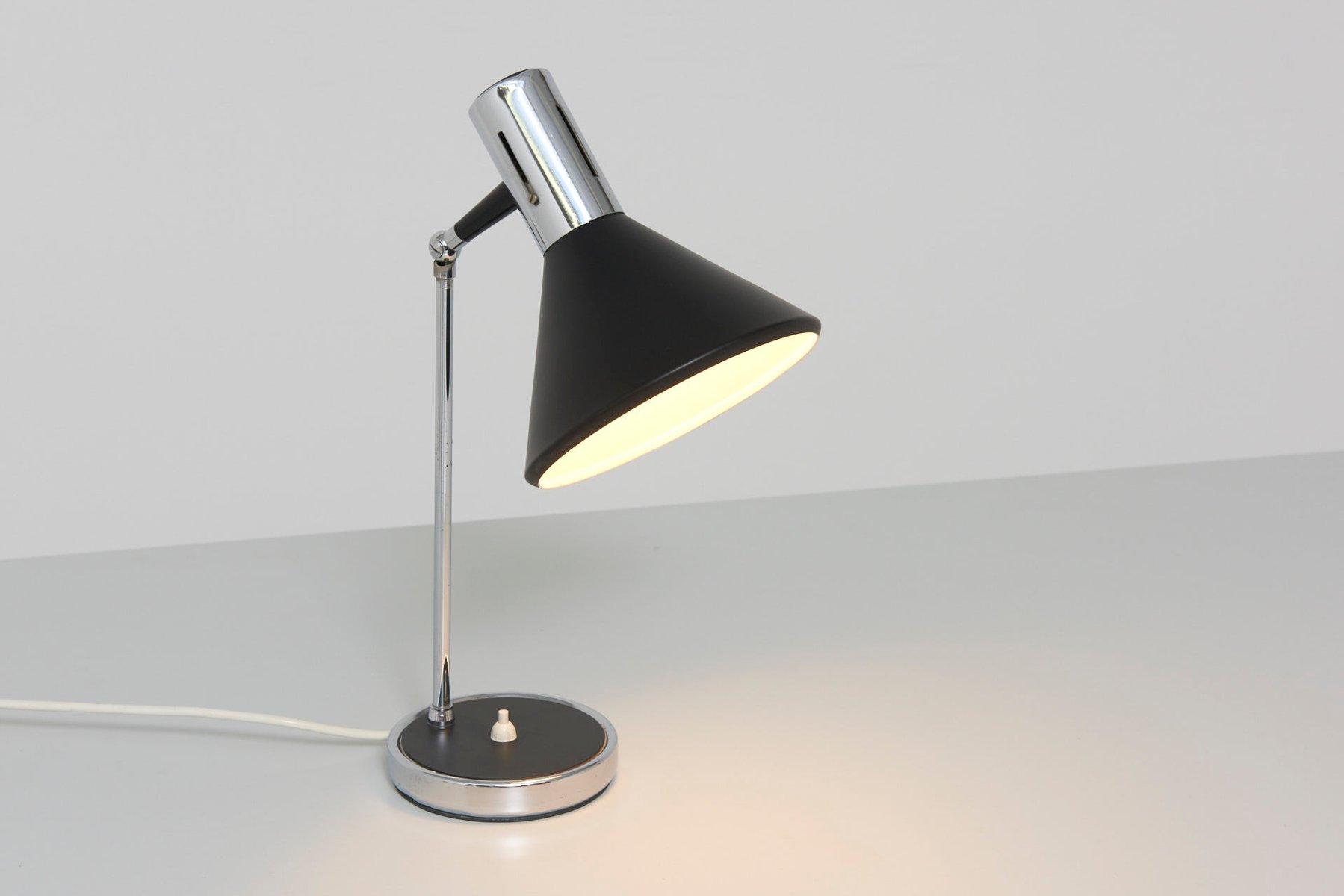 tischlampe mit konischem schirm 1960er bei pamono kaufen. Black Bedroom Furniture Sets. Home Design Ideas
