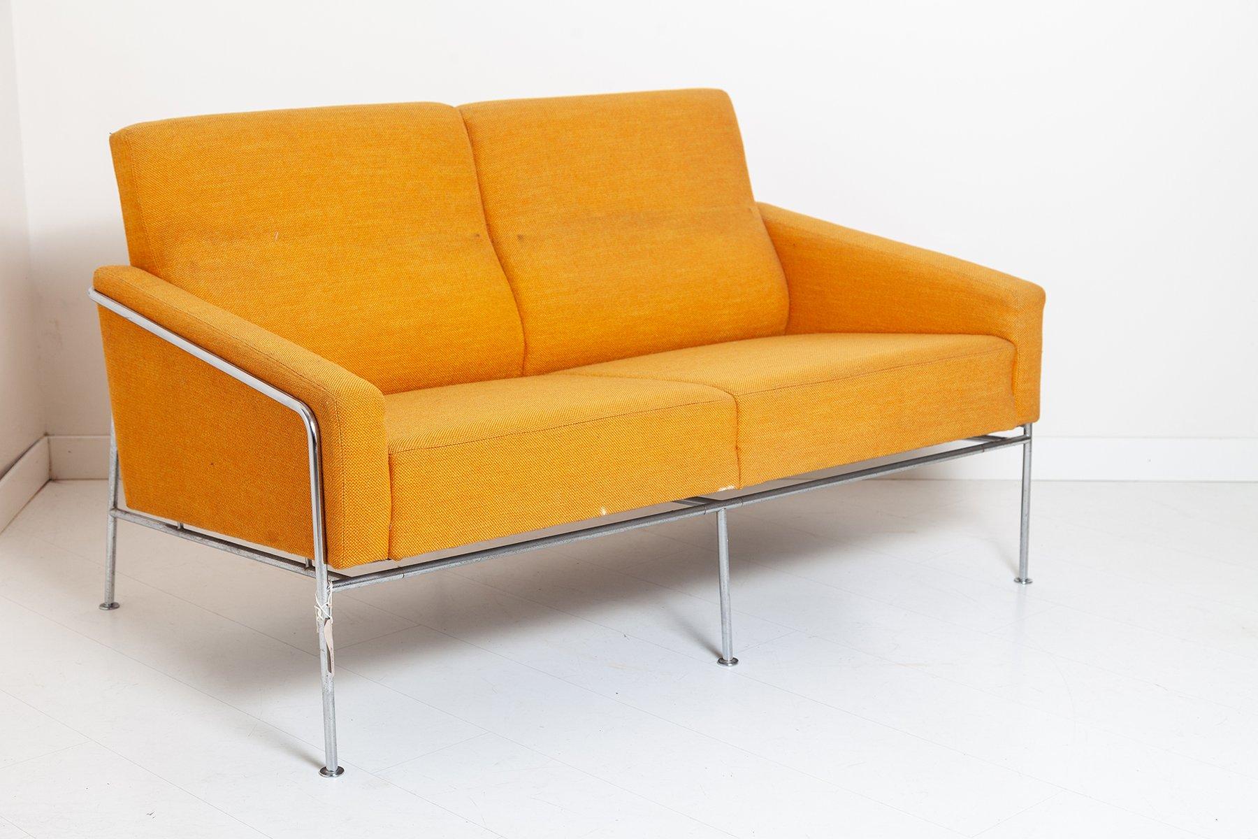 Vintage Sofa aus der 3300 Serie von Arne Jacobsen für ...