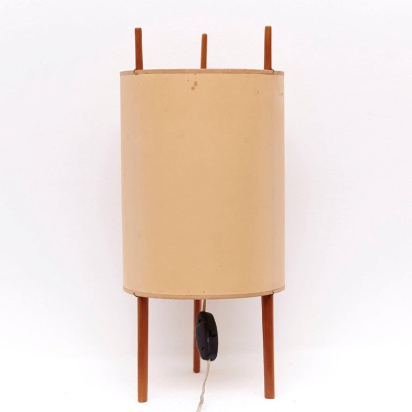 Model 9 Table Lamp by Isamu Noguchi for Knoll ...