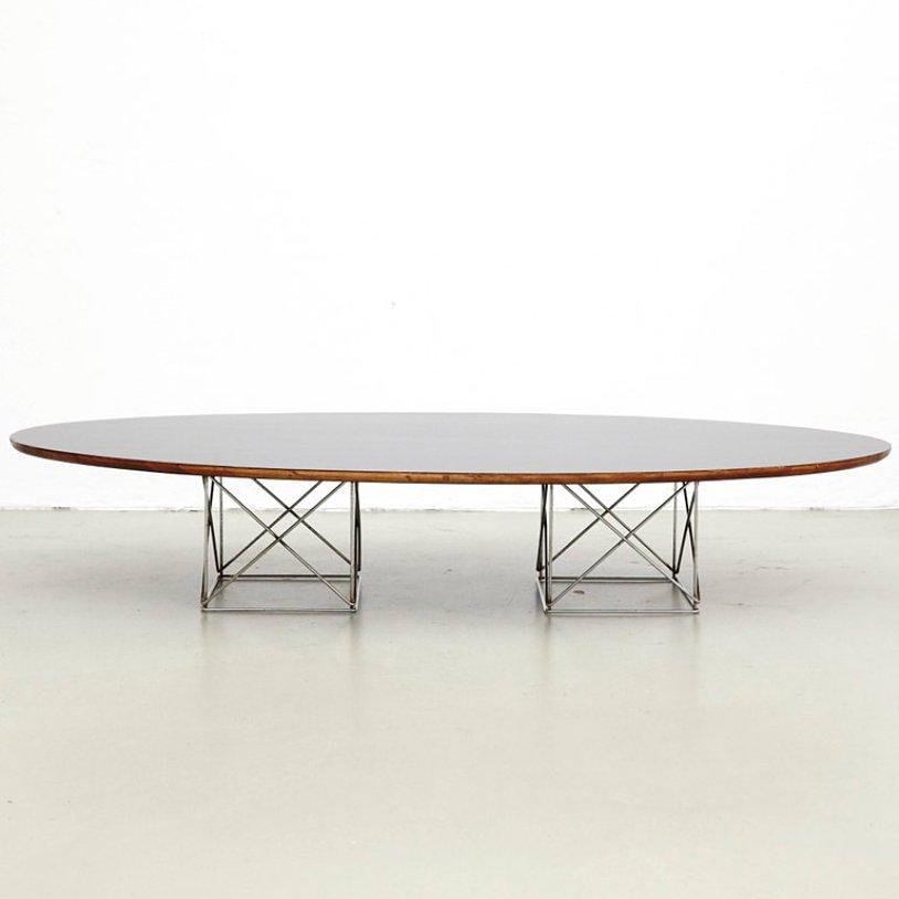 Ovaler Esstisch aus Metall & Formica, 1970er