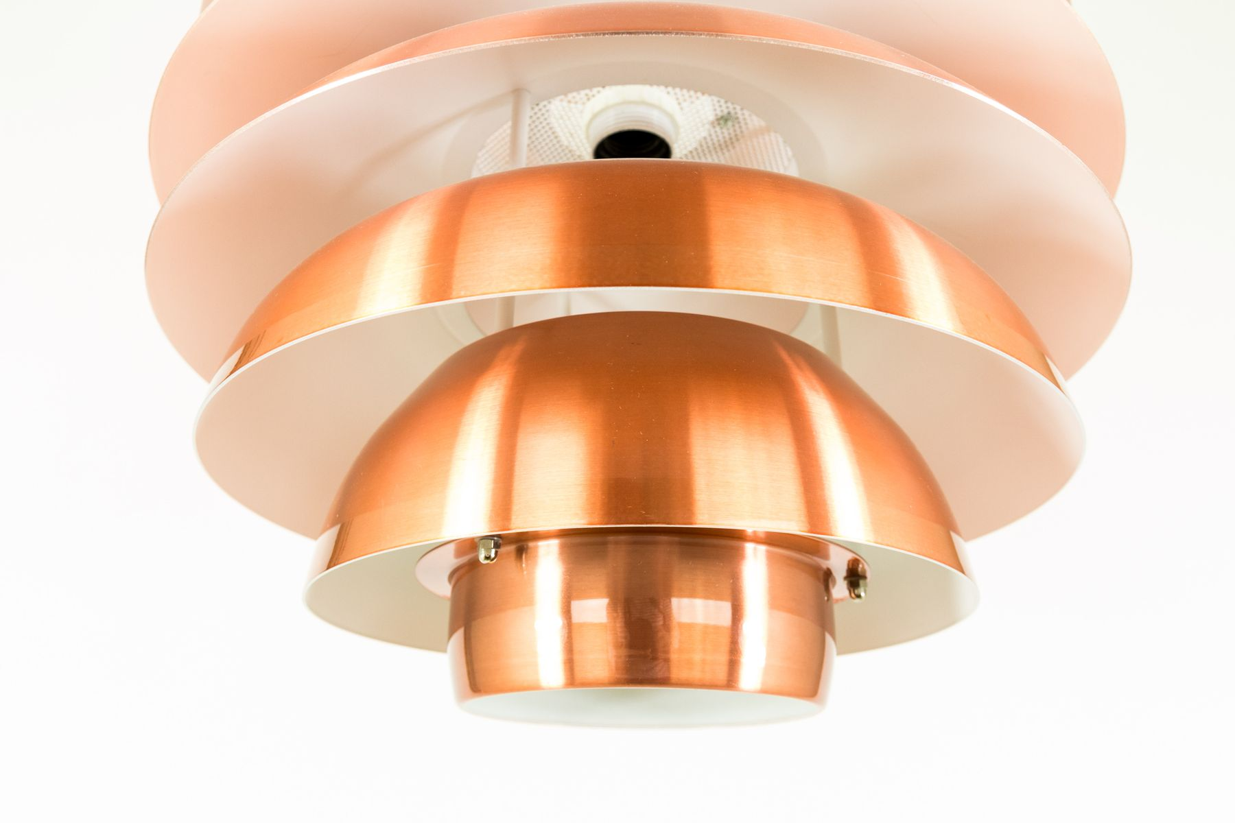 Lampe mit mehreren simple materialien fr astlampe with for Lampe mit mehreren schirmen