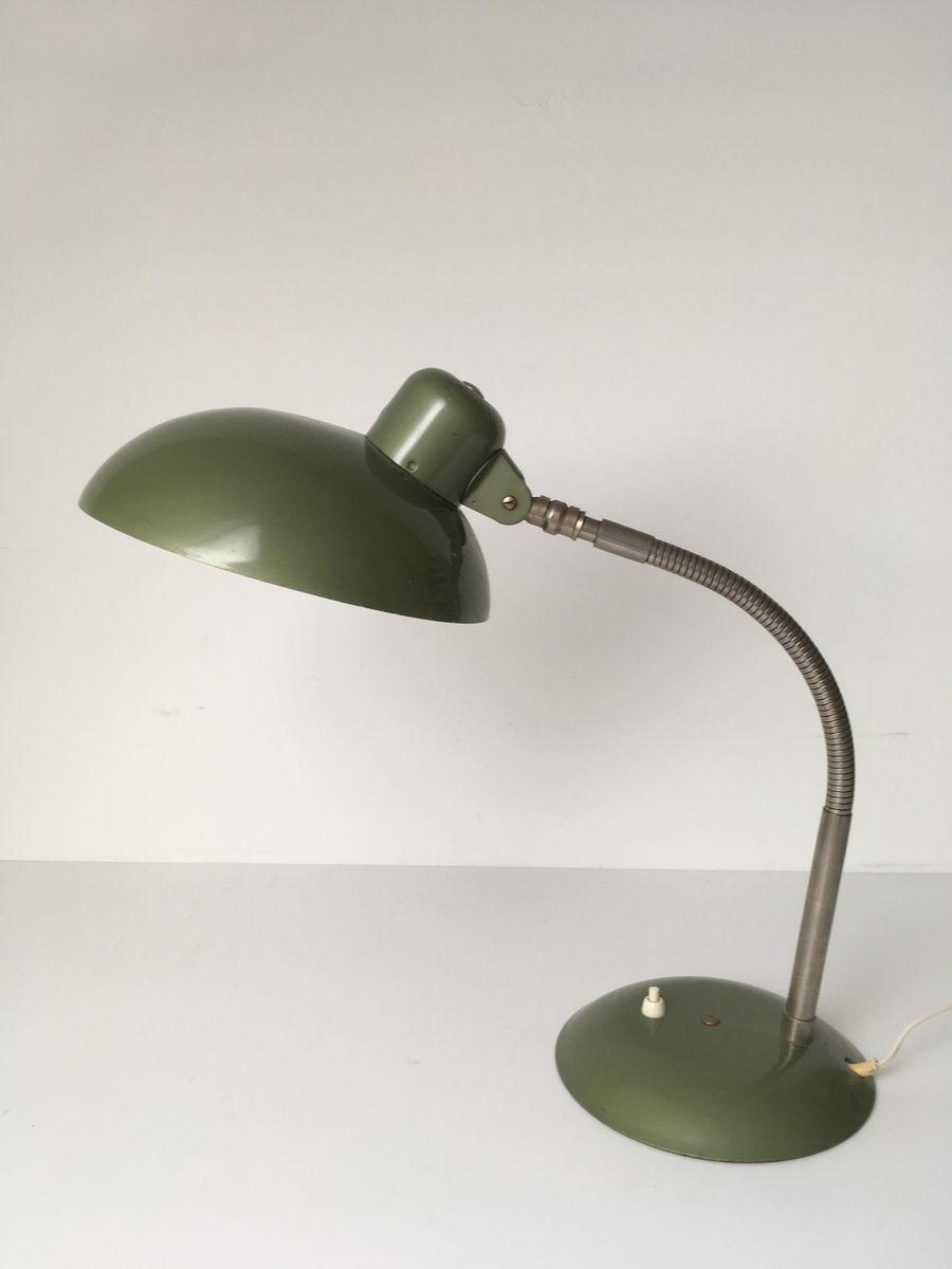 lampe de bureau verte industrielle bauhaus de sis 1950s en vente sur pamono. Black Bedroom Furniture Sets. Home Design Ideas