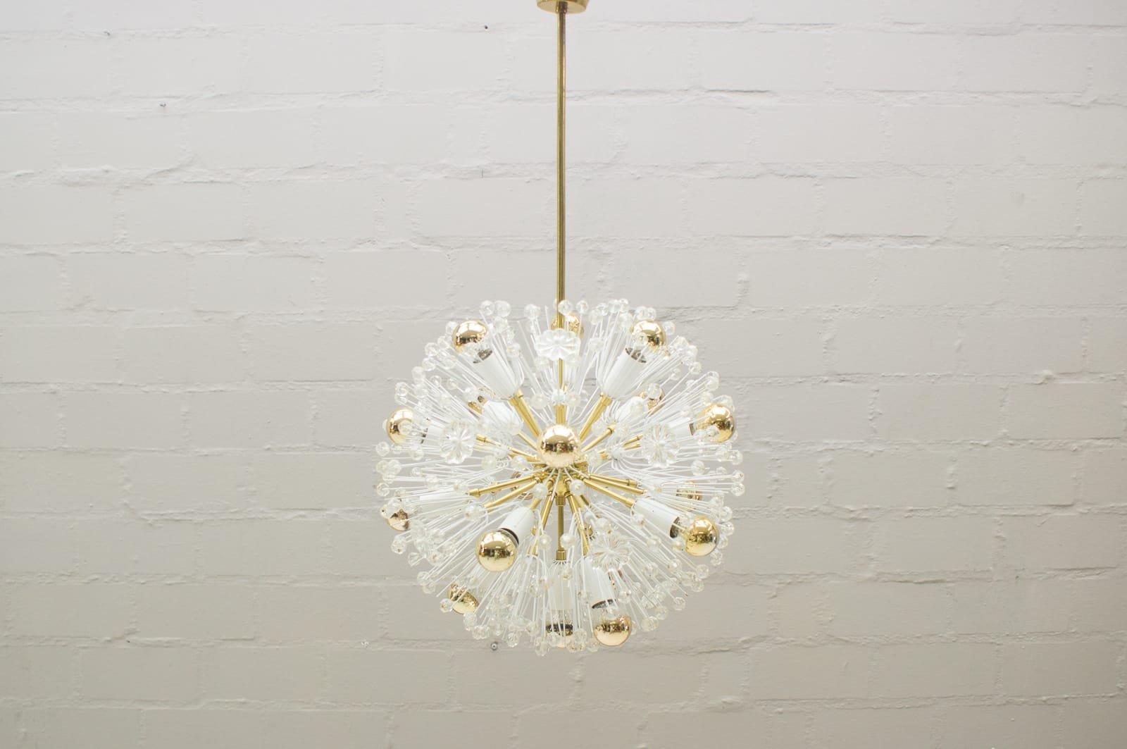 Messing Dandelion Deckenlampe von Emil Stejnar für Rupert Nikoll, 1960...