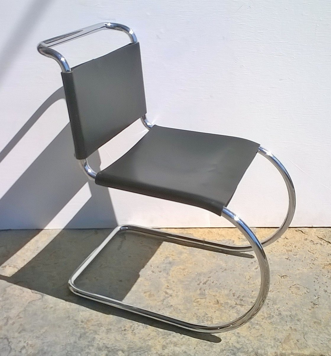 Sedia mr10 di mies van der rohe per knoll anni 39 80 in for Sedia design anni 80