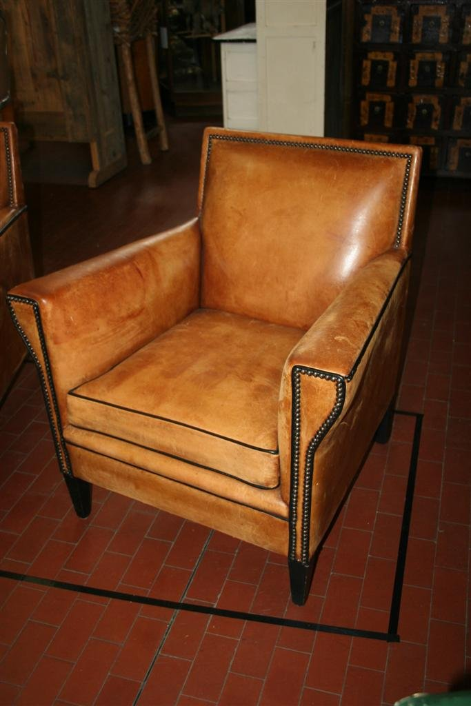 vintage italian brown leather club chairs set of 2 for sale at pamono. Black Bedroom Furniture Sets. Home Design Ideas