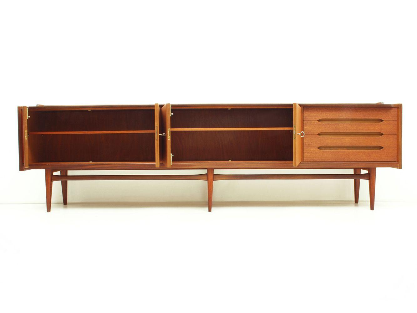 gro es deutsches teak sideboard von bartels 1960er bei pamono kaufen. Black Bedroom Furniture Sets. Home Design Ideas