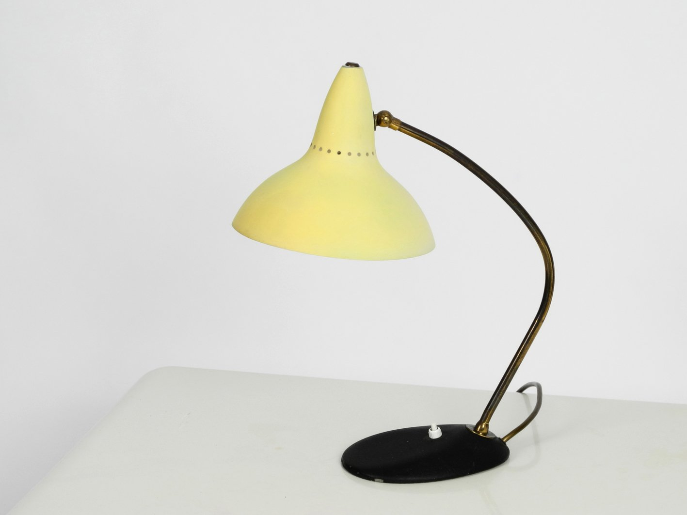 Mid-Century Tischlampe von Kaiser