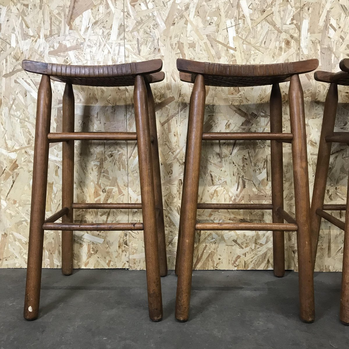 Mid Century Wood Amp Plastic Bar Stools Set Of 4 For Sale