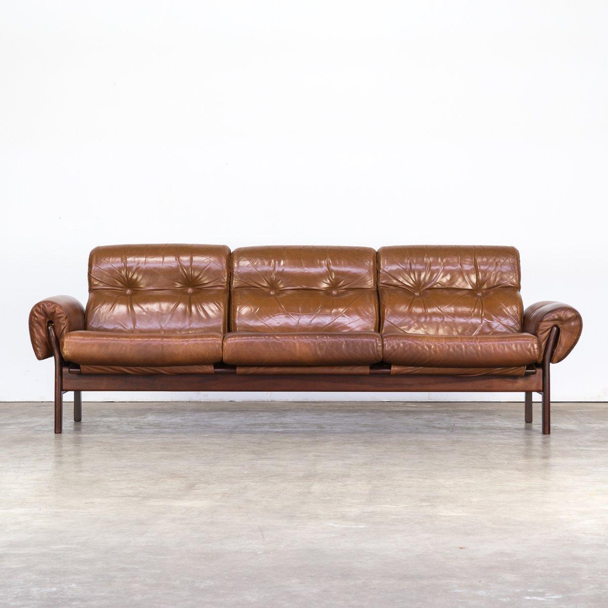 cognacfarbenes sofa aus leder und palisander von arne norell 1970er bei pamono kaufen. Black Bedroom Furniture Sets. Home Design Ideas