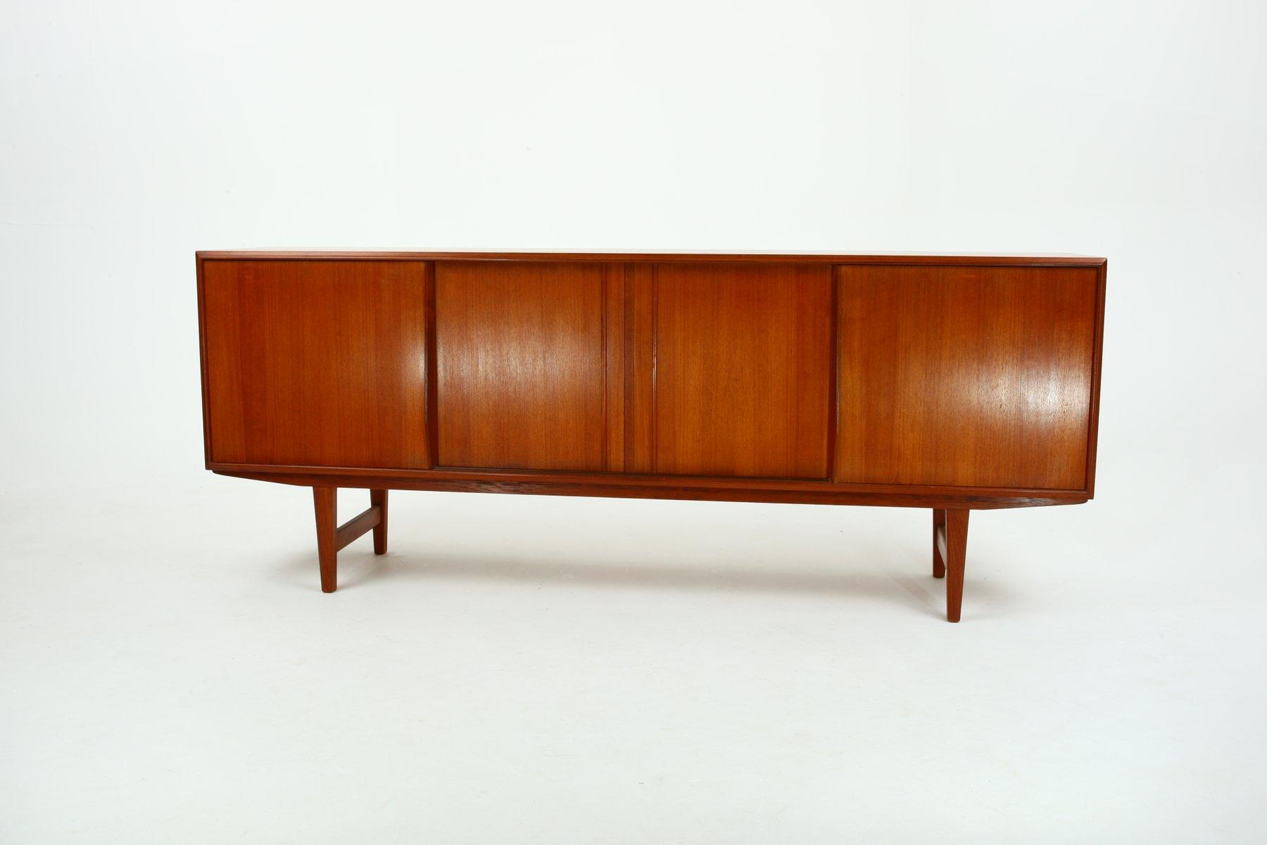 Niedriges Teak Sideboard von E.W. Bach für Sejling Skabe, 1960er